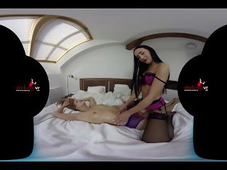 StockingsVR - Lesbo Rub And Tug with Anna Rose and Alexis Crystal