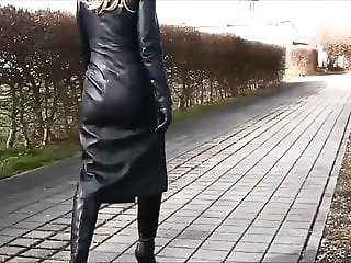 Nice blond lady in totally leather