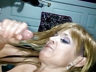 Hot Texas Cougar ending the bj by sucking the cock dry