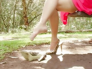 MILF Nylon Foot & Leg Tease 03