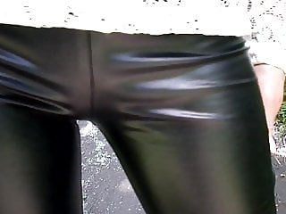 Heels 20 cm and leather leggings, walk in the park
