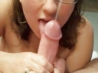 Cute Chubby wife takes load all over face