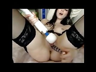 Girl on cam enjoying herself