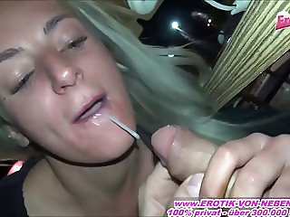 BLOWJOB IN MCDONALDS - GERMAN BITCH PUBLIC