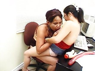Office midget threesome fucking on desk
