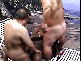 GIANTS TITS GETS FUCKED & SPRAYED BY 2 PERVERT MIDGETS  -B$R