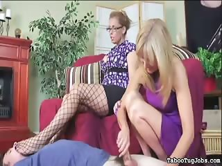 Cougars play with delivery boy