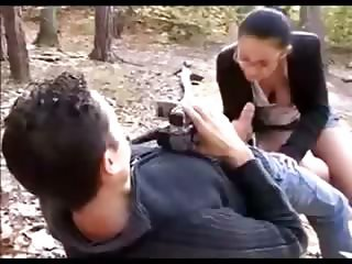 Amateur girl fucking in the woods