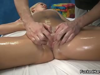 Sexy blonde babe goes crazy getting her part6