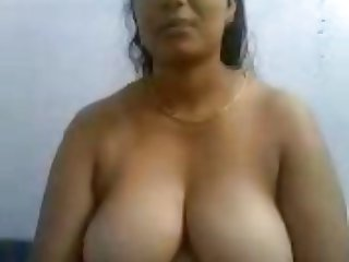 Smart Southindian Busty Mallu Aunty's Boobs and Pussy Show