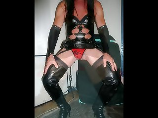 Crossdresser blowjob fuck