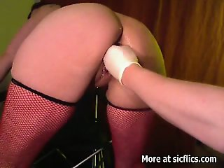 Fisting the wifes cunt till she screams in orgasm