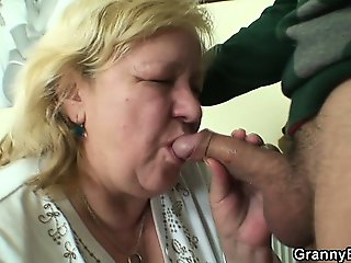 A pleasant surprise for huge granny