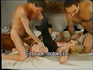 short haired mom double penetration with friends