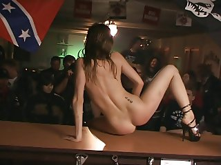 Tarra White - Striptease