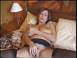 Beautful milf strips