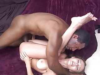 Hot Milf Darrien Ross Hot Pounded by BBC