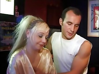 FRENCH CASTING 113 blonde anal maturemilf masseuse salope 1