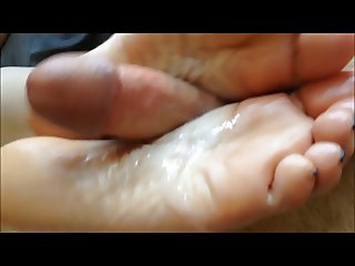 Sammi's Footjob Video (3)