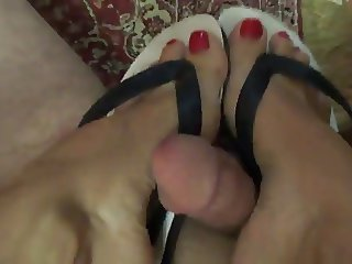 flip flop footjob shoejob