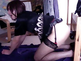 Emma UK crossdresser showing how to fuck like a whore
