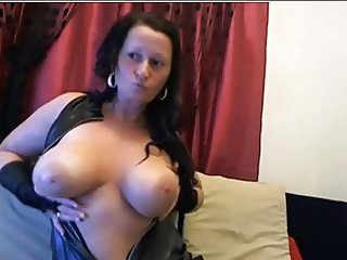 Hungary Big Boob Mommy Webcam