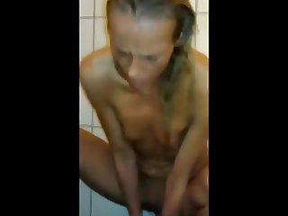 Dildo fun in the shower