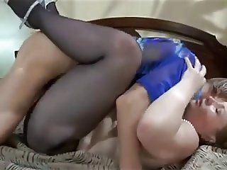 Experienced woman takes boy's cream in her ass