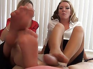 Perfect Pantyhose Footjob