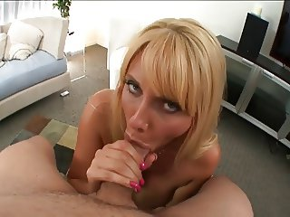 Cougar Head #48 Busty, Awesome and Gorgeous 38 y.o.