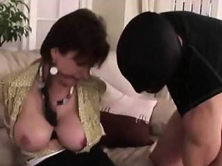 Lady Sonia sucking cock