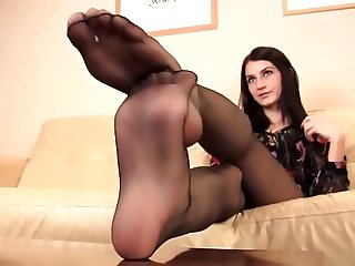 very hot nylon feet let you cum