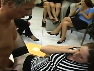 Intensive cock engulfing party