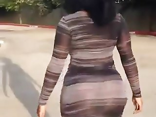 Booty Bouncing in Tight Dress