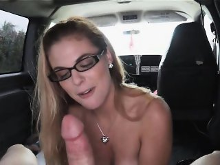 Horny hot chick Kendra Lynn wanted to fuck