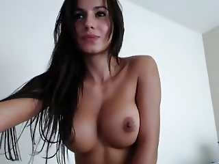 Sexy Latin Babe Strips On Cam