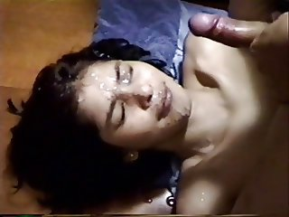 Indian Amateur gets a big facial from her boyfriend