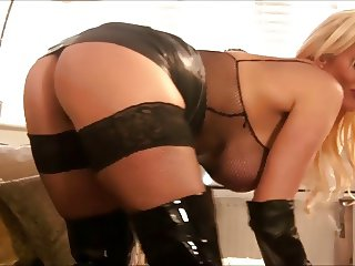 Obey Mistress Lucy