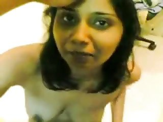 Curvy busty Bengali MILF takes a load on her face