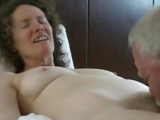 Linda gets a tonguing