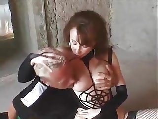 Mistress uses subbiefucktoy