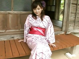 Anri Sugihara - traditional dress