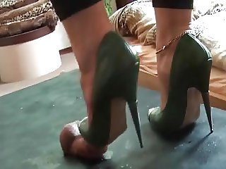 HIGH HEEL TRAMPLE AND CUM