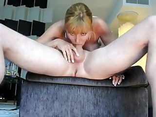 outstanding deepthroat by gorgeous blond with CIM - kcxxx