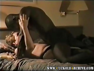 Cuckold Archive sissy husband tapes his wife with black bull