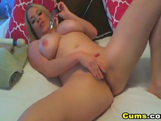 Huge Juggs Babe Masturbating her Pussy