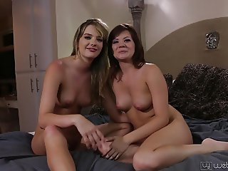 Sins : Kenna James and Alison Rey BTS