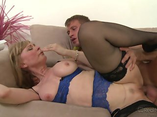 Nina Hartley Seduces Her Stepson
