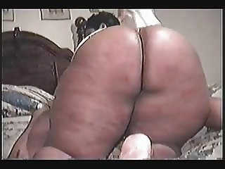 superthick mama riding
