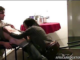 Gorgeous African kneel to suck white rod